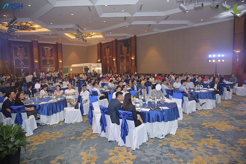 Lễ mở bán Mandarin Garden 2 thu hút hàng trăm khách hàng