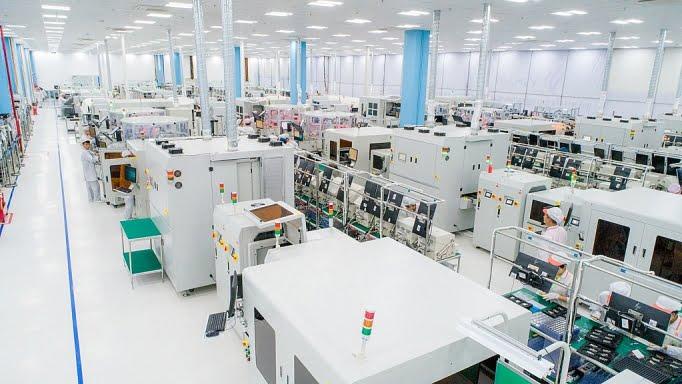 Nhà máy VinSmart của Tập đoàn VinGroup tại khu CNC Hoà Lạc
